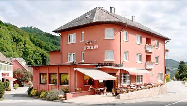 Charmhôtel Au Bois le Sire Hôtel - Motel - Restaurant - buitenkant