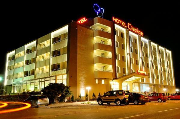 Hotel Cieplice  Medi & Spa - Aussenansicht