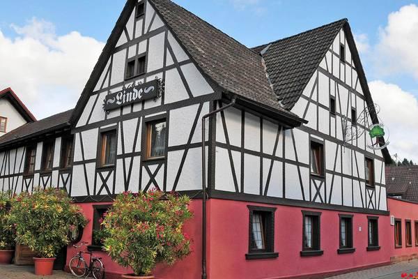 Gasthaus Zur Linde - Vista externa