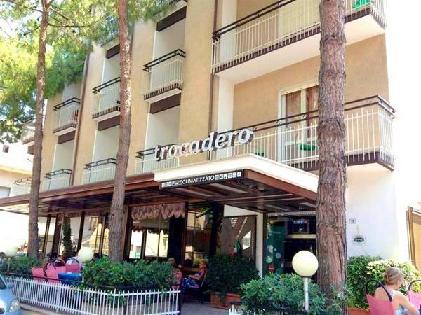 Hotel Trocadero - Aussenansicht