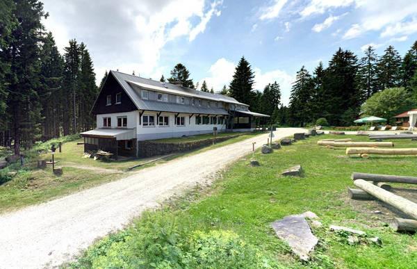 Ski- und Wanderheim Ochsenstall - Aussenansicht