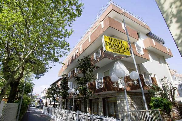 Hotel Emanuela - Aussenansicht