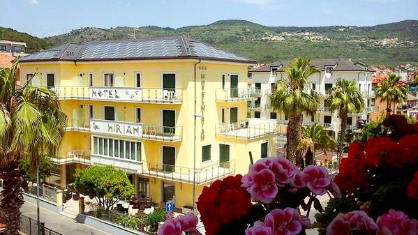 Hotel Miriam - Aussenansicht