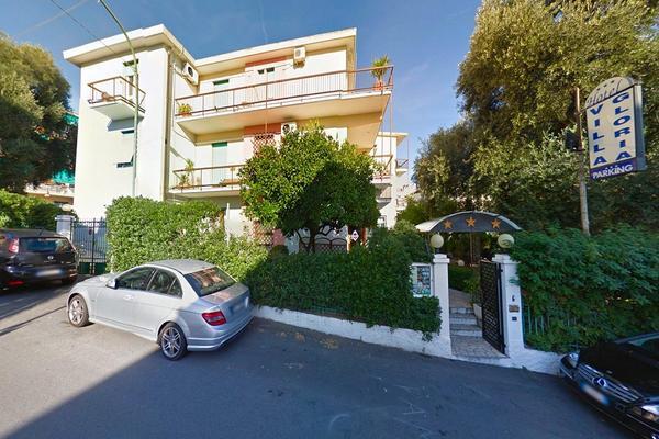 Hotel Villa Gloria - Aussenansicht