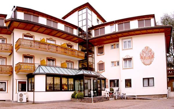 Chrys Hotel Bozen - Exteriör