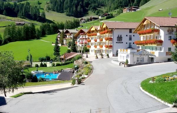 Ferienhotel Rinsbacherhof - Outside