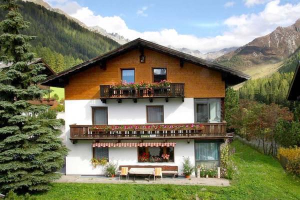 Haus Steger - Outside