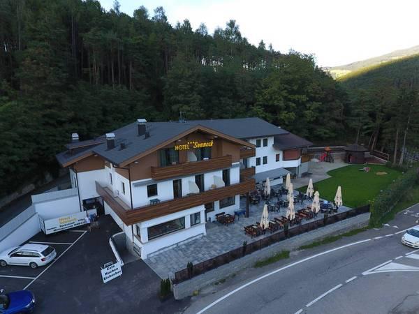 B&B Hotel Sonneck - Aussenansicht