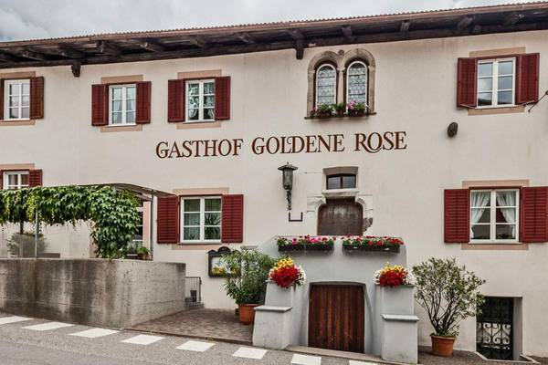 Gasthof Goldene Rose - Outside