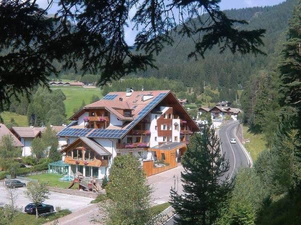 Berghotel Miramonti - Outside