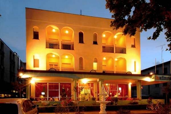 Hotel Admiral - Aussenansicht