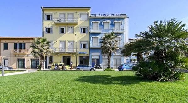 Hotel Nuovo Tirreno - Aussenansicht