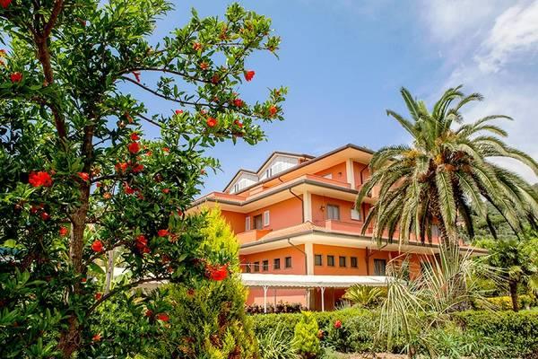 Hotel Le Rotonde - buitenkant