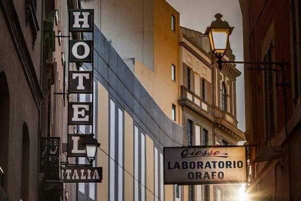 Hotel Italia - pogled od zunaj