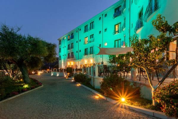 Hotel Ristorante Brancamaria - Vu d'extérieur