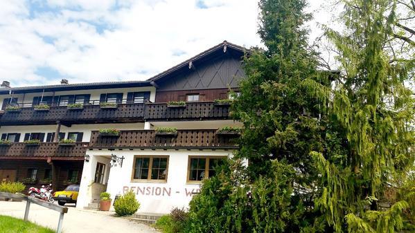 Landhaus Weißer Hirsch - Vu d'extérieur