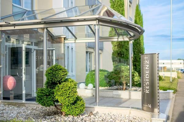 Apartment-Hotel Residenz Steinenbronn - buitenkant