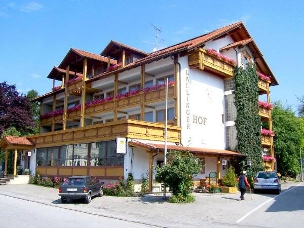 Hotel Landgasthof Lallinger Hof - Aussenansicht