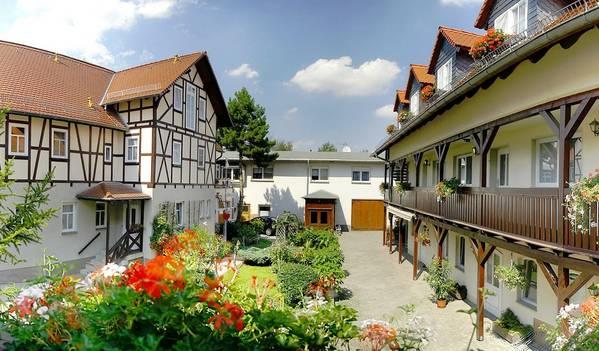 Pension Lindenhof - Outside
