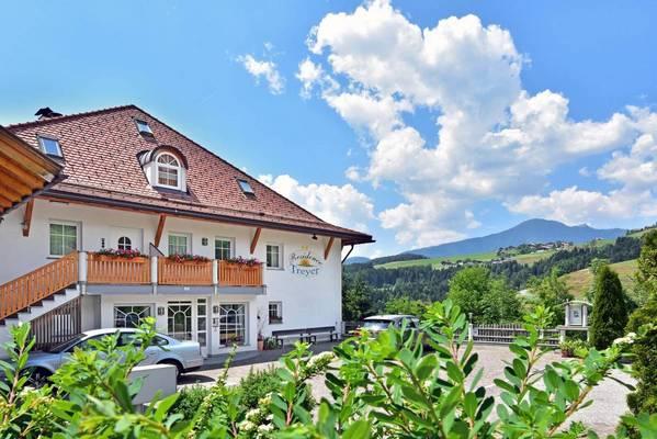 Ferienwohnungen Residence Treyer - Aussenansicht