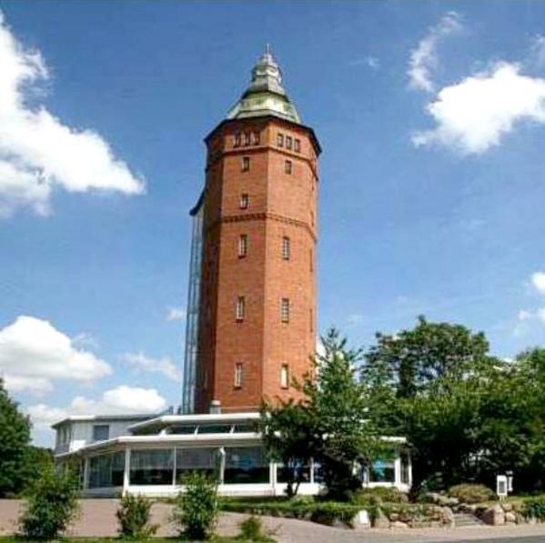 Hotel Wasserturm & Restaurant Syrtaki - Outside