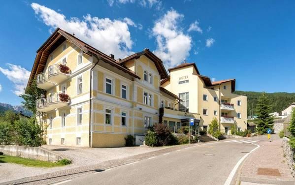 Hotel Kronplatz - buitenkant