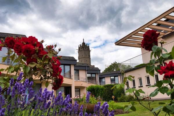 Villa am Rhein Hotel und Restaurant - Outside