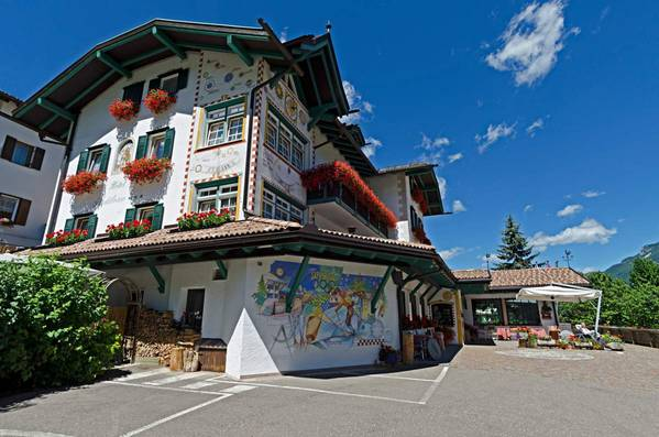 Hotel Piedibosco - Outside
