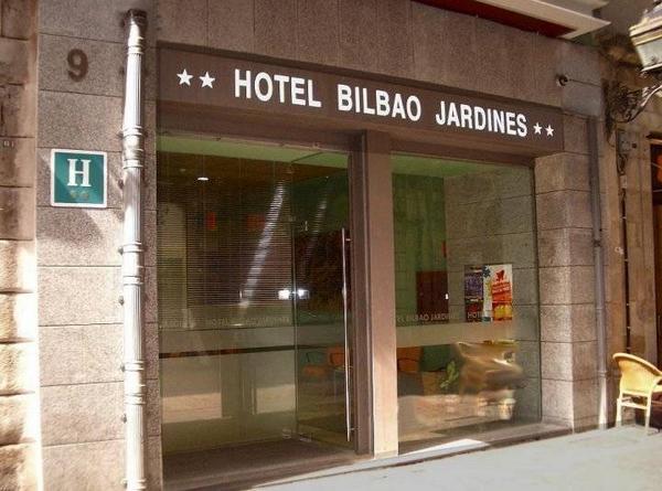Hotel Bilbao Jardines - Outside