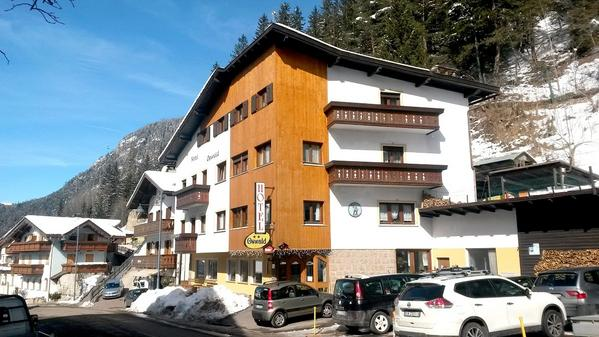 Hotel Garni Oswald - Vista externa