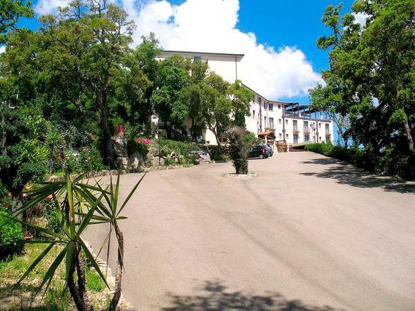 Hotel San Trano - Aussenansicht