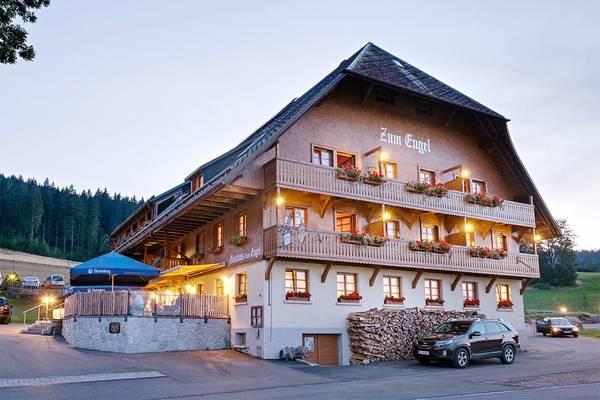 Hotel Gasthaus Zum Engel - Вид снаружи