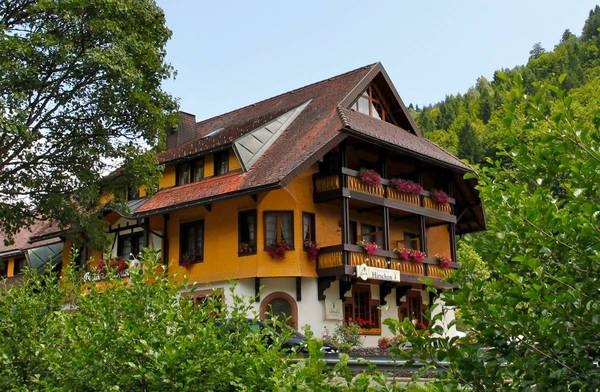 Hotel Gasthaus Hirschen - Exteriör