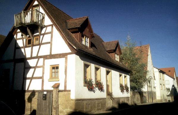 Winzerhof Bregler   Weingut & Gästehaus - Aussenansicht