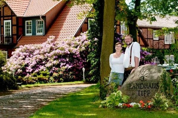 Hotel Landhaus Tipp - Aussenansicht