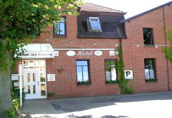 Gasthaus Zum Kreuzweg - Vista al exterior