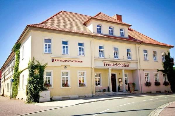 Gaststätte und Pension Friedrichshof - buitenkant