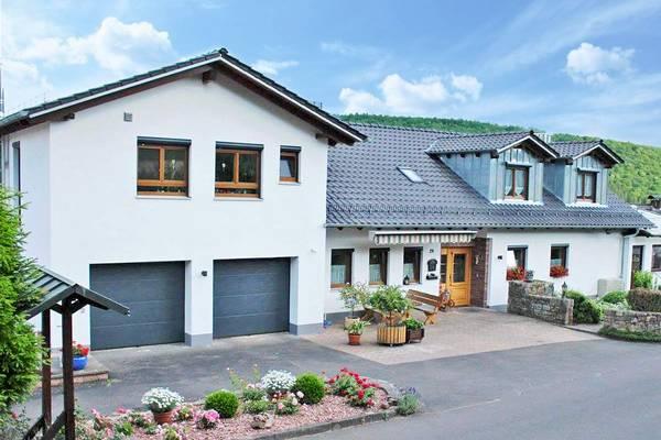 Ferienanlage Saaleblick im Spessart - buitenkant