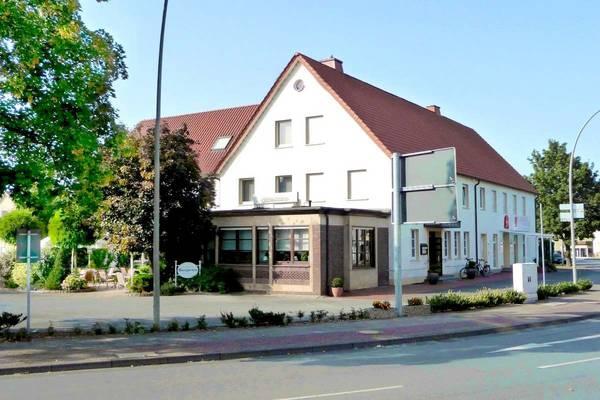 Hotel Zur Post - Outside