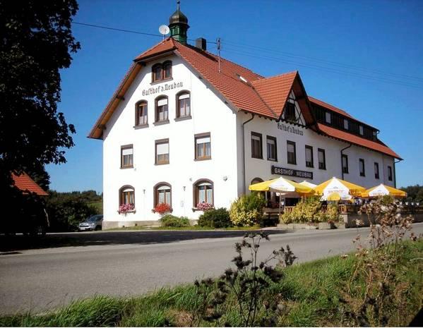 Hotel Landgasthof Zum Neubau - buitenkant