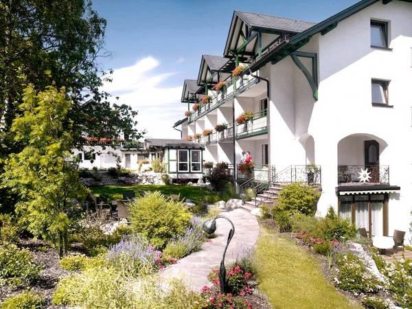 Hotel Garni Edelweiss - Aussenansicht