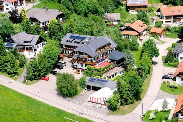 Hotel-Restaurant Dachsberger Hof - Outside