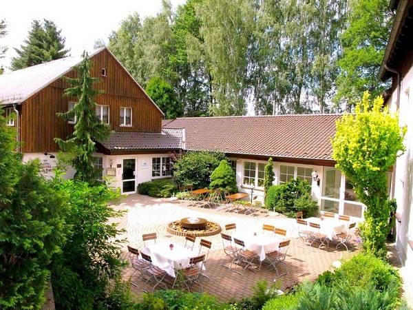 Land-gut-Hotel Zur Lochmühle - Vista al exterior