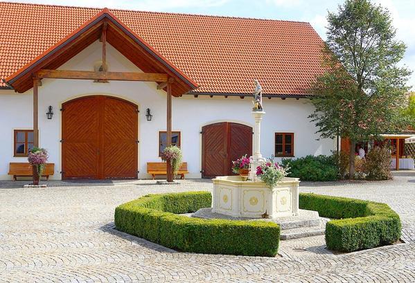 Landgasthof Obermeier - Outside