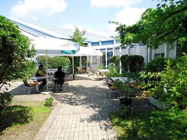Hotel First Service im Sportpark Jürgen Fassbender - Aussenansicht
