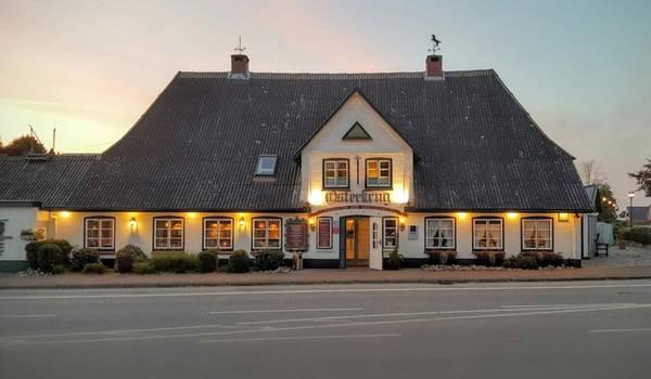 Osterkrug Treia   Hotel · Landgasthof - Вид снаружи