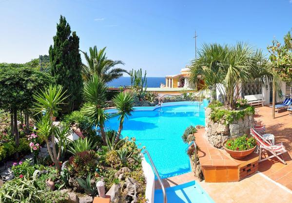 Hotel Villa Sirena - Vista externa