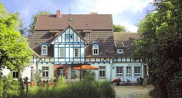 Wieseneck Pension Restaurant Café - Outside