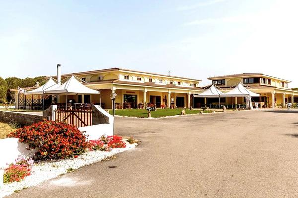 Hotel Petri Marini - Aussenansicht