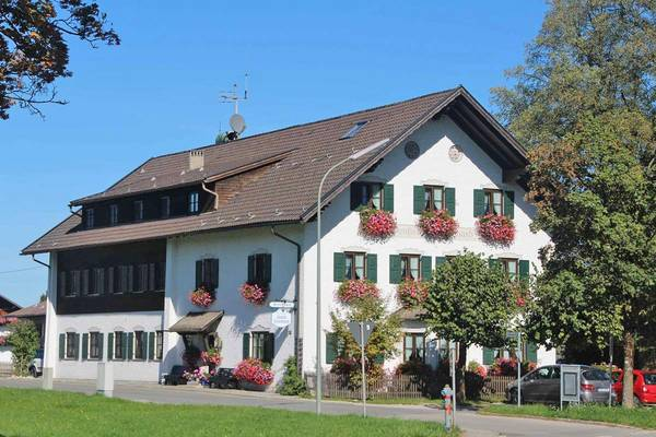 Hotel-Pension St. Leonhard - Outside
